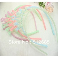 {Min.Order $15} 12pcs/Lot  2013 New Kids/Girl/Princess/Baby Luminous Plastic Crown HeadBand/Hair Accessories