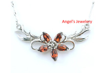 1pcs Free Shipping, Natural Garnet Necklace with 925 Silver Plated with 18k White Gold, Flower Style Garnet Jewelery