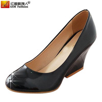 13 spring shoes single shoes advanced female bright japanned leather wedges small fresh candy shoes