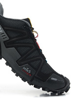 The new wholesale, selling men's running shoes, cross-country sports shoes, a variety of color, size is complete, 40-46