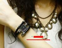 2 x Roman retro style snake dish bracelet watch fashion female form fashion brand watches Lady Gift pointer wristwatches