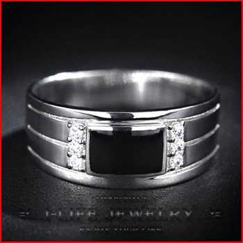 China Fashion Jewelry 925 Sterling Silver Distinguished Cool Korea for Johnny With Gems Saphire Gems Ring