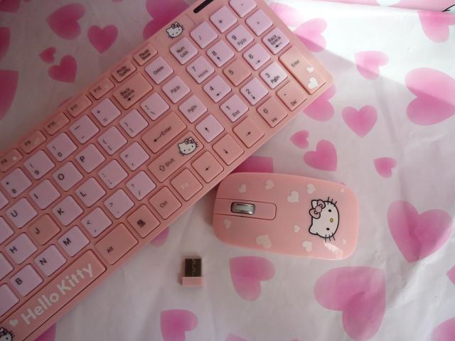Hello Kitty Wireless Keyboard Hello Kitty Pink Wireless