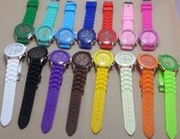 1PC White/Black/Green bracelet Women Lady Girl Female Brand Watch Classic Silicone Strap Jelly Gift Wrist Watch Without Calendar