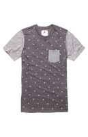 High quality Famous brand Mini Shapes Crew Tee Maple Leaf Short sleeve Round Neck Dark gray Men's T-shirts with Forechest pocket