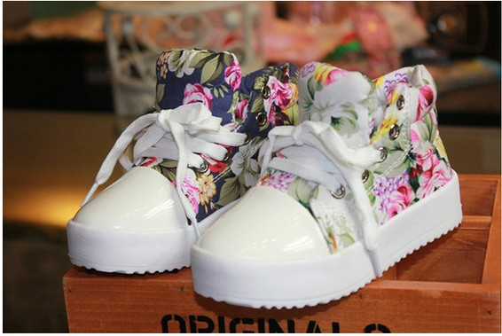 Fashion Children Sneakers Kid's Shoes Side Part Flower Floral Individuality Baby Kids Canvas Shoes Boys Girls Sneaker QS511(China (Mainland))
