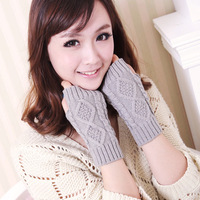 Winter woman wool knitted gloves short paragraph diamond half finger gloves mittens gloves cannabis