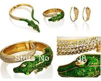 Bingbing Fan with paragraph alloy Anna Dello Russo enamel bangle bracelets European and American crocodile vintage jewelry women