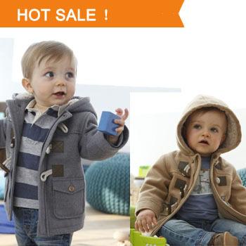 2013 new baby boys chaqueta de invierno ropa 2 prendas de vestir exteriores color de capa gruesa de algodón niños traje de nieve niños ropa ropa con capucha