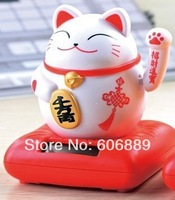 Free shipping waving hand lucky cat solar pet toys home car decorations for children kids birthday party christmas gifts