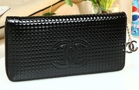 Free shipping 2014 new PU leather wallet dinner will Patent leather clutch wallet in the long section