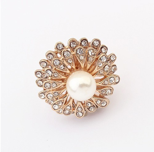 R078 European And American Fashion Boutique Pearl Sun Flower Ring!#99441(China (Mainland))