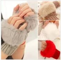 Fashion Gentlewomen all-match plaid short design winter thermal yarn knitted semi-finger gloves