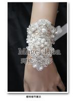 Luxury beaded & Pearl Lace flower short single wedding dresses bridal gloves Bandage wrist gloves