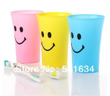 Big mouth smiling face brush your teeth gargle cup fashion plastic cups(China (Mainland))