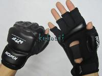 2014 Hot Half-finger Glove Boxing Gloves Sanda Fighting Sandbag Gloves Muay MMA Punching Bags Black Free Shipping
