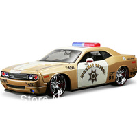 Dodge challenger artificial cars alloy car model