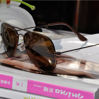 2013 new free shipping brand new   Wholesale men sunglasses New Female men sun glasses
