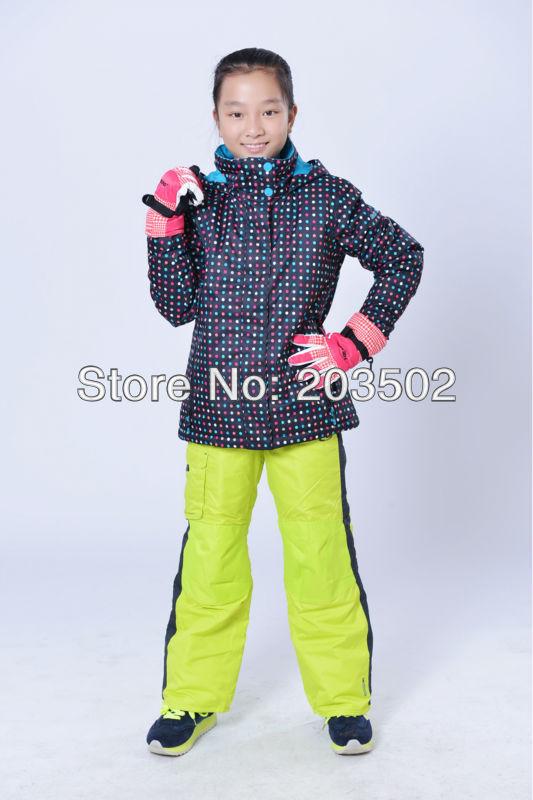 Free shipping childrens black with colorful dots snowboarding jackets kids girls coloured polka dots ski jackets skiwear anorak(China (Mainland))