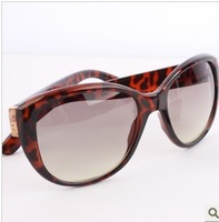 free shipping Sun glasses luxury fashion sunglasses female star sunglasses