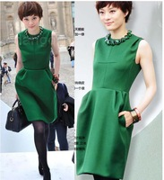 2013 women's winter dresses one-piece emerald dress stars loves elegant and slim S M L XL skirt gift necklace hot selling #0116
