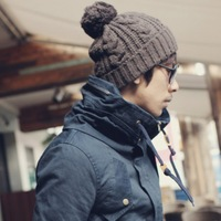 2013 New Men's Winter Hat Beanie for Outdoors Knitting Hats for Men Ear Warm Cap Sport beanies Hat Wholesale Free shipping