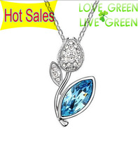 Hotselling Wholesales 18K GP Austrian Crystal Flower pendant Necklace fashion jewelry For Women Dress  No.Q063