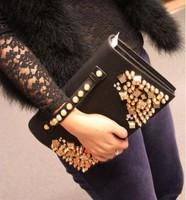 New 2014 High Quality Vintage  Designer Golden Rivet Punk women Pu Leather Clutches Handbag  women Messenger bags bolsas