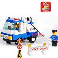 Small Luban 900 city blocks SWAT / roadblocks Car Designers children educational toys Lego compatible