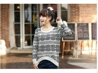 Free Shipping Winter New Korean women retro snowflake blue and white porcelain loose pullover sweater round neck sweater
