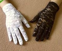 2015 New Fashion Black/White Lace Short Gloves Bridal Free Shipping
