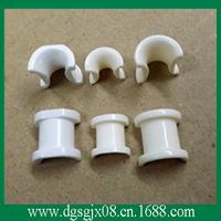 Alumina ceramic eyelet for textile machine