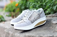 Plus size flower printed heigh increasing sneakers shoes canvas women platform sneakers