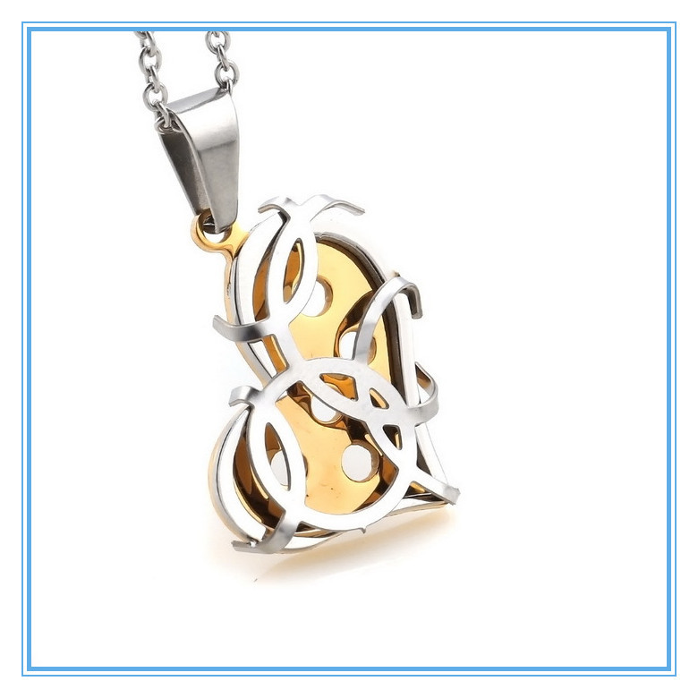 Fashion Couples Necklace Monogram Carved Pendant Stainless Steel Silver & Plated Gold Heart Necklace for Girlfriend Wholesale(China (Mainland))