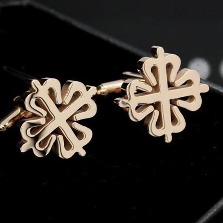jóia dos homens design ouro- chapada cruz a flor de ameixa pétalas abotoaduras de alta qualidade novo produto recomendamos os novos 2014(China (Mainland))