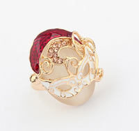 Min.order is $15 (mix order) European and American fashion retro mask finger ring jewelry