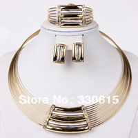 2014 Hot Sale Dubai 18K Gold Pated Wedding Women Bridal Accessories African Gold Plating Costume Jewelry Sets