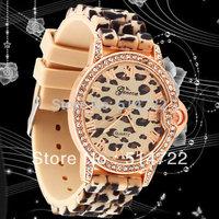 1pcs Leopard classic rhinestones crystal silicon dress watch woman lady fashion Hot Selling