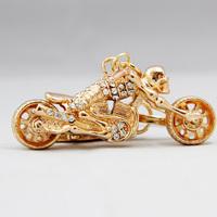 Novelty Items Men jewelry chaveiros keychains Creative Crystal Motorcycle Key Chain Skull Car Key Ring Wedding Souvenir Trinket