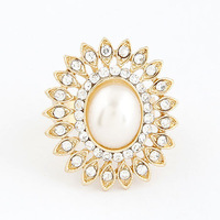 Fashion Korean Lovely Charms Sunflower Crystal Rhinestone Pearl Bling Rings For Women Engagement Luxury