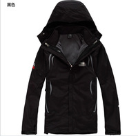 2013 Brand New men's outdoor soft shell charge clothes fashion Spring autumn hoodie coat jacket / Free shipping