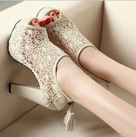women fashion shoes peep toes platform high heels chic white pumps Lace Openwork embroidery tassels Wedding Party shoes Casual