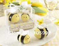Fedex free 240pcs=120sets/lot 2013 baby shower favor 'Mommy and Me...Sweet as Can Bee' Ceramic Salt and Pepper Shakers