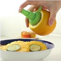 Mini household manual juicer fruit juice sprayer lemon-squeezer 2