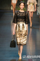 2014 New Spring-Summer Runway Show Elegant Retro Scene Pattern Print  Skirts and Half Sleeve Lace Coat,A Suit,New Style! 13B4013