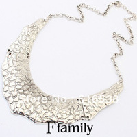 The new hit Europe and the United States women's fashion retro metal necklace