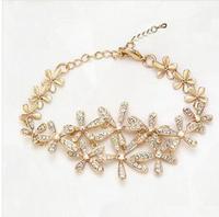 The new favorite flower  five the charm bracelet 2014 Austrian Crystal Wedding jewelry C-B1B6