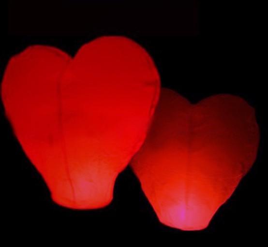 20pcs/lot High quality Heart-Shaped Sky Lanterns & Wedding Lanterns & Birthday Wishing Sky Lantern Free Shipping(China (Mainland))