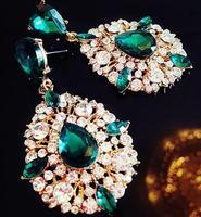 Wang long section of oversized earrings earrings earrings gemstone earrings exaggerated nightclubs of the bride 50% off