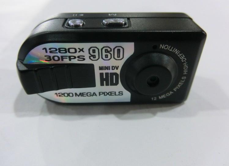 Q5 Mini Thumb DV Camera HD 1280*960 Digital Camera Recorder With Motion Detection PC Webcam Camcorder(China (Mainland))